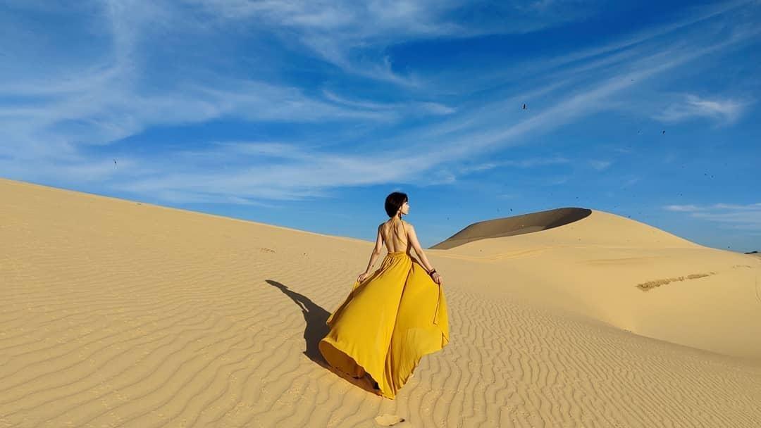 sống ảo ở cồn cát quang phú một địa điểm không thể bỏ qua khi du lịch quảng bình